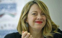 Livorno, aggredita Meloni: inquirenti esaminano filmati e foto alla ricerca dei responsabili (video)