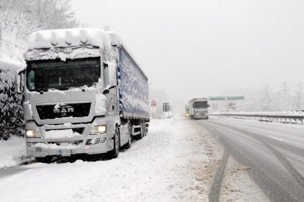 Maltempo, autostrade chiuse in Lombardia ed Emilia: ecco dove