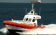 Viareggio: soccorso in mare a imbarcazione in avaria. Intervento della Guardia costiera