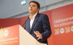 Elezioni: Renzi rilancia le promesse del pd, 240 euro al mese per i figli e diminuzione del costo del lavoro