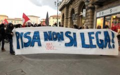 Pisa: proteste per il comizio di Salvini, scontri fra polizia e centri sociali, 200 i manifestanti