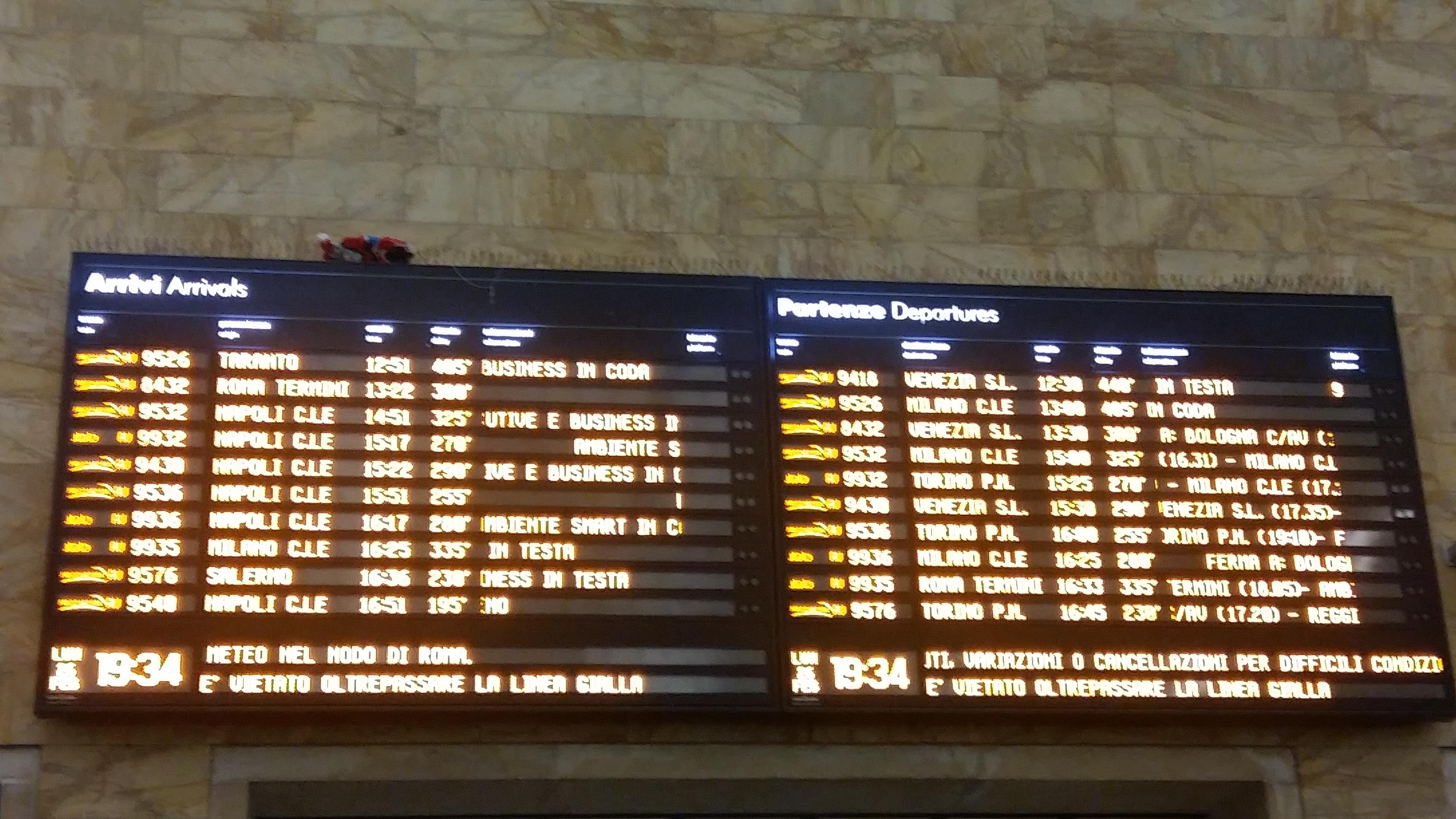 Maltempo, ecco come ottenere rimborsi per i treni in ritardo o cancellati