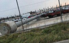 Venezia: torre faro cade su parcheggio e travolge auto. Epidemia di crolli, è il secondo in due giorni