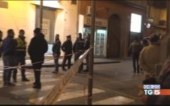 Napoli: gioielliere uccide rapinatore, incriminato dal Pm. Candidato Pd tweetta «Uno in meno», polemica politica