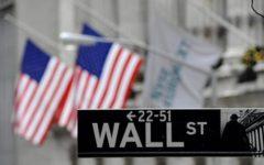 Wall Street crolla: Down Jones perde 4,62%. La Casa Bianca: «Economia solida»