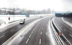 Maltempo: riaperta autostrada A1 da Milano a Bologna. In Europa 55 morti per l'ondata di gelo