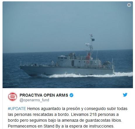 Scandalo nel Mediterraneo, nave di ong senza porto dove attraccare