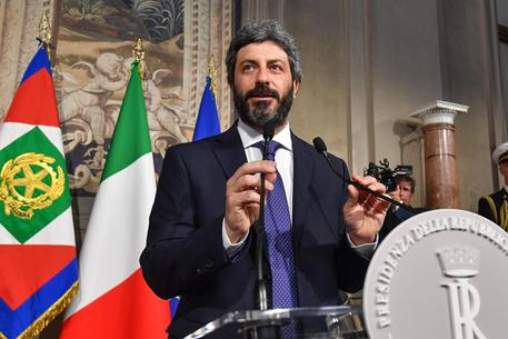 Consultazioni al Quirinale, convocato il Presidente della Camera Roberto Fico