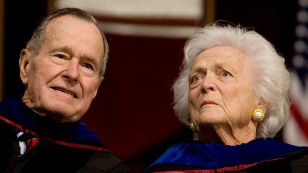 Addio all'ex first lady Barbara Bush. Le foto