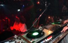 Viareggio: consulente Mediaset aggredito in discoteca da giovani stranieri