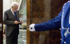 Governo, Mattarella: «Non potevo accettare come ministro un sostenitore fuoriuscita dall'euro». Le reazioni