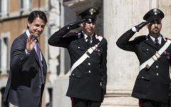 Governo: iniziate le consultazioni di Conte. Renzi e Berlusconi all'attacco