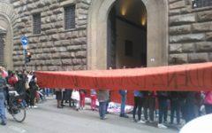 Firenze: protesta del movimento di  lotta per la casa contro sgomberi e sfratti