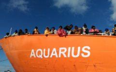 Migranti: Sanchez, premier spagnolo, attacca l'Italia, la Nato invece pronta ad aiutare la Libia