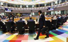 Vertice Ue: Italia intenzionata a porre il veto sulla questione migranti, ma resta uno spiraglio