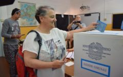 Elezioni comunali: alle 12 ha votato il 19,82% degli elettori