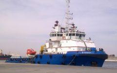Migranti: Tunisia accoglie i 40 bloccati dal 13 luglio sulla nave Sarost5 al largo di Zarzis