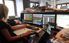 Borsa: male le europee, Mib in calo dello 0,69%, spread torna a 308