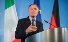 Moavero: l'Italia presenterà alla ue il suo piano europeo per gli sbarchi, superamento di Dublino e redistribuzione equa