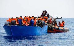 Migranti, Di Maio: «Accoglieremo donne e bambini delle 2 navi ong»