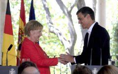 Migranti: accordo Merkel - Sanchez per stabilire un'equa ripartizione in Europa