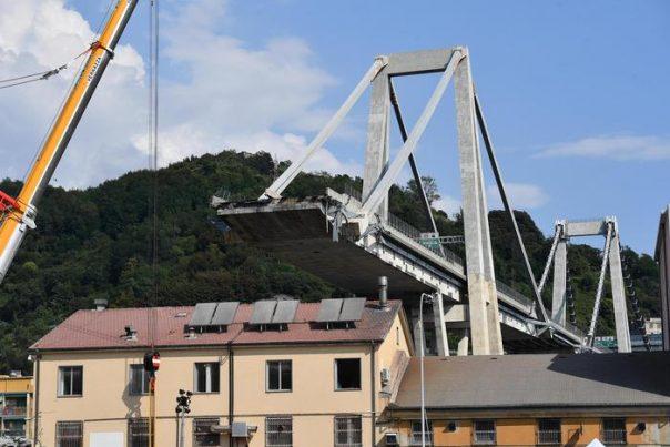 Vertici Autostrade per l'Italia sono responsabili: si dimettano