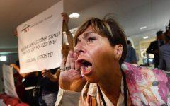 Genova: scontro Di Maio-Toti sulla ricostruzione. Il governo: no Autostrade. Guardia di Finanza: 13 nomi alla Procura