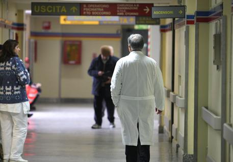 Le trentatré morti sospette all'ospedale Noa di Massa, indagato il primario