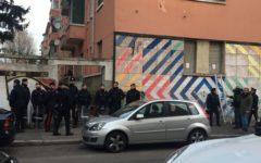Milano, racket delle case: arrestati 9 antagonisti, sigillato centro sociale