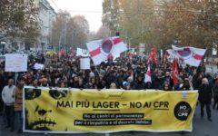 Milano: protesta di studenti, associazioni e immigrati contro il decreto Salvini