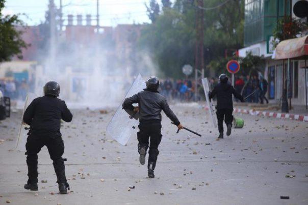 Proteste e scontri in Tunisia, diversi arresti