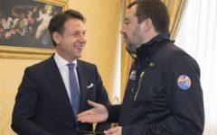 Gradimento dei leader del governo: ex aequo Salvini - Conte (60%), crolla Di maio (50%). Sondaggio Demos