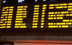 Treni nel caos: Frecciarossa in ritardo di oltre 200 minuti. Il tabellone di Firenze Santa Maria Novella
