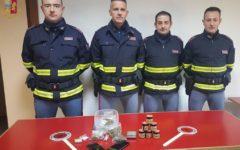 Arezzo: droga negli slip e sotto il giaccone. Arrestati due 21enni