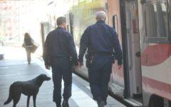 Ventimiglia: forti ritardi dei treni per la presenza di migranti sulla linea