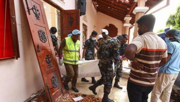 Strage Sri Lanka: 300 vittime. Morti anche 3 dei 4 figli del patron di Asos. Trovate nuove bombe