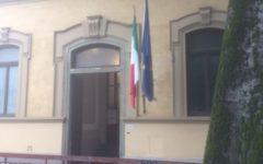 Firenze: il voto alle 7,15 in un seggio quasi deserto. Senza iphone, vietato portarlo in cabina