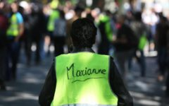 Francia: gilet gialli, scontri con la Polizia a Lione e a Nantes