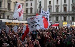 Salvini a Firenze: Antagonisti, a ascoltarlo solo 100 persone. Critiche a Nardella e alla Polizia