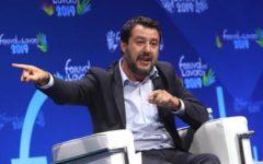 Migranti e Sea Watch: Salvini, se la Ue non interviene non identificheremo più nessun migrante