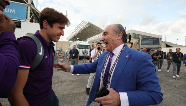 Fiorentina, Commisso: «Chiesa accanto a me. Voglio tenerlo». Vitor Hugo al Besiktas (Foto)