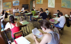 Scuola: studenti italiani, deficit in italiano e matematica, migliora l'inglese