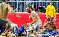 Calcio storico: il Vallero è tornato a casa (venne ricoverato dopo la finale Rossi-Bianchi)